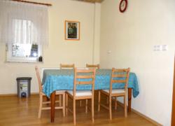 FeWo Schart - Küche Tisch
